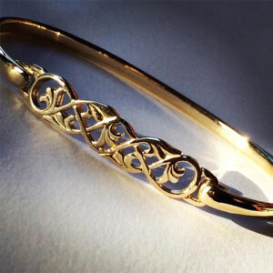 Celtic Bangle in 9ct Gold - Boisdale
